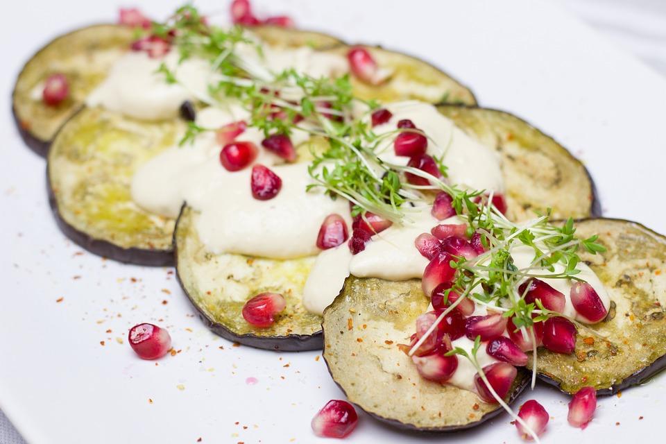 Recetas para cenas ligeras Berenjenas con queso Brie Reny Picot