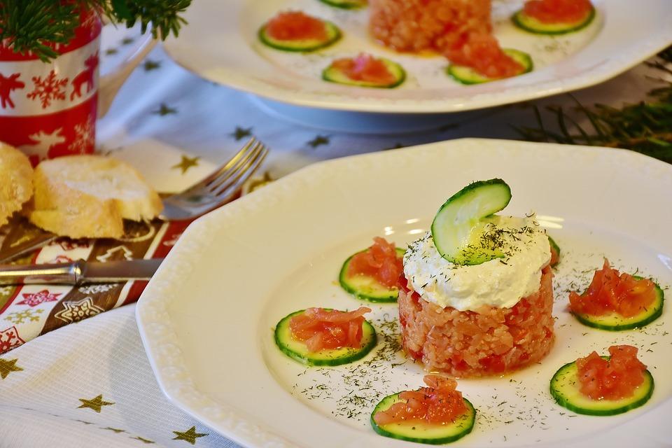Recetas para cenas ligeras. Tartar de salmón con queso crema Reny Picot