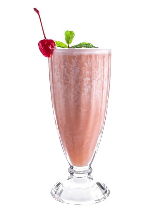 recetas de verano para niños - smoothie de fresa - batido leche reny pico leche sin lactosa