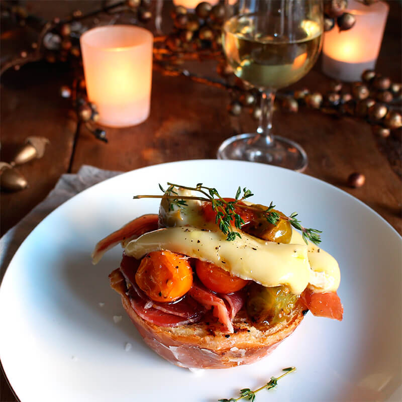 Recetas menu de navidad Brioche de tomates y queso brie Reny Picot