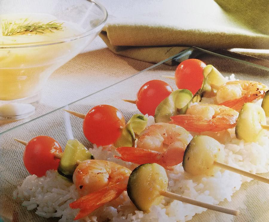 Recetas con mantequilla - Brochetas de langostinos